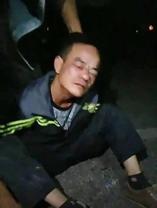 Gã đàn ông dùng dao đe dọa cướp tài sản của thiếu nữ - Ảnh 1.