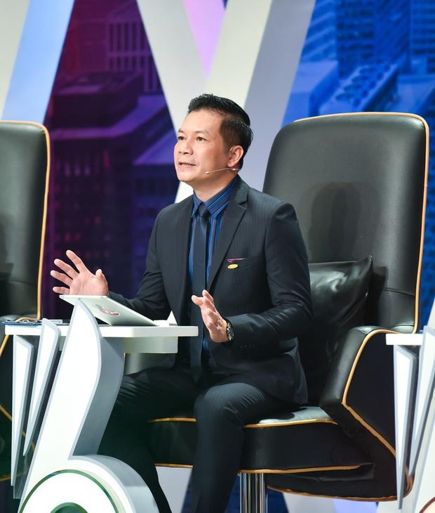 Vợ Á hậu kém 16 tuổi tình cảm tháp tùng Sếp Hưng đi quay show thực tế - Ảnh 2.