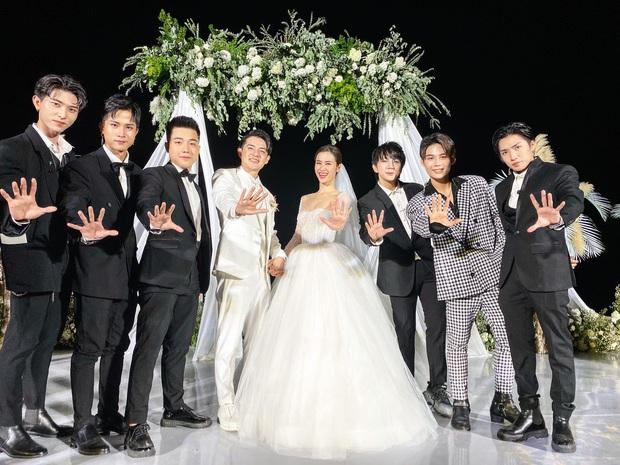 Fan đòi Toki Thành Thỏ trở lại Uni5 khi ngắm nhìn đội hình đầy đủ thành viên trong đám cưới Đông Nhi - Ông Cao Thắng - Ảnh 2.