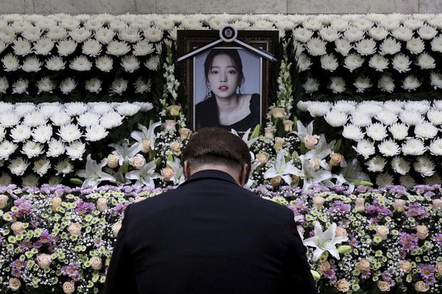 Công chúng phẫn nộ thông tin người thừa kế khối tài sản 230 tỷ đồng của Goo Hara sau vụ tự tử chấn động - Ảnh 1.