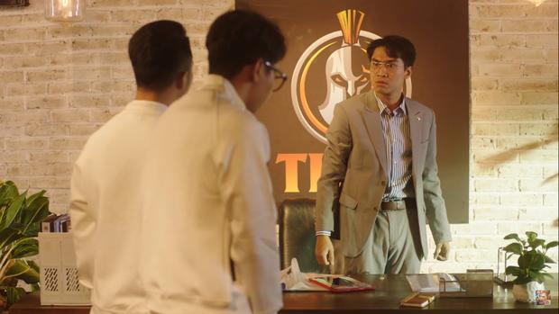 Pewpew lột xác bất ngờ, hóa thân thành ông chủ độc tài trong bộ phim về eSports đầu tiên của Việt Nam - Ảnh 2.