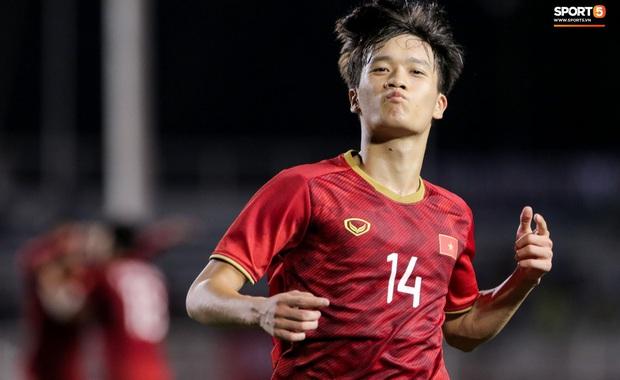 Hoàng Đức lập siêu phẩm phút bù giờ, U22 Việt Nam lội ngược dòng đánh bại U22 Indonesia 2-1, sáng cửa lọt vào bán kết SEA Games 30 - Ảnh 4.