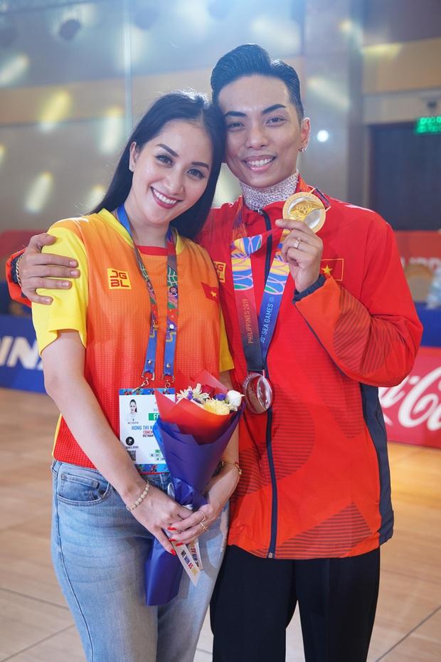 Phan Hiển chính thức giành HCV tại SEA Games 30, Khánh Thi lập tức òa khóc nức nở, ôm chầm lấy chồng vì quá hạnh phúc! - Ảnh 6.