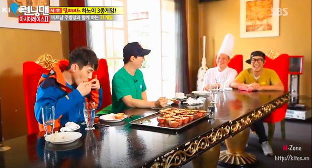 Dàn sao Running Man đã từng mê mẩn ẩm thực Việt Nam như này, liệu fanmeeting có thưởng thức thêm món nào không đây? - Ảnh 10.