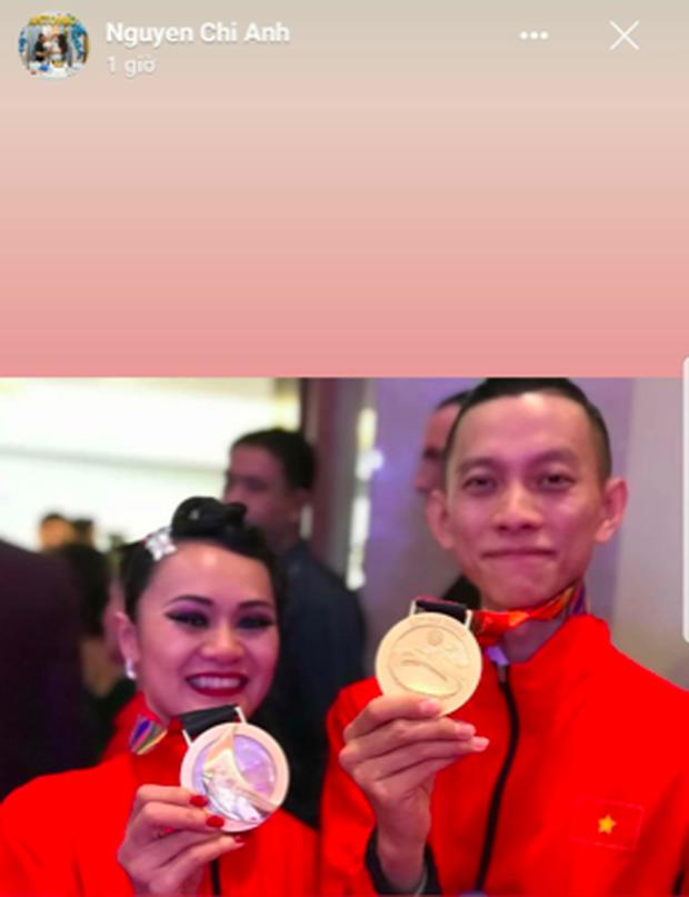 Xúc động khoảnh khắc vợ chồng VĐV đoạt huy chương vàng môn khiêu vũ thể thao tự hào hát vang Quốc ca Việt Nam trên đất Philippines - Ảnh 7.