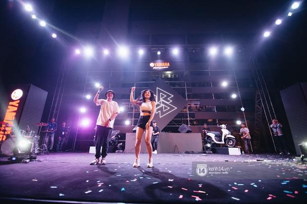 Binz gây choáng khi cởi trần khoe cơ bắp, Vũ - Ngọt Band thổi làn gió mới cho Yamaha Road to Ravolution: DJ Battle tại Hà Nội - Ảnh 4.