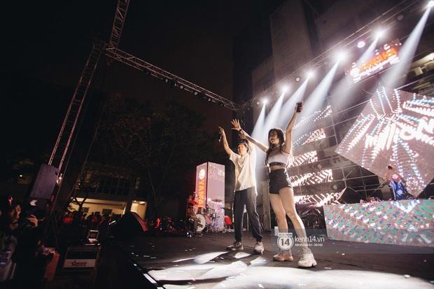 Binz gây choáng khi cởi trần khoe cơ bắp, Vũ - Ngọt Band thổi làn gió mới cho Yamaha Road to Ravolution: DJ Battle tại Hà Nội - Ảnh 5.