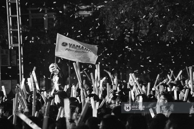 Binz gây choáng khi cởi trần khoe cơ bắp, Vũ - Ngọt Band thổi làn gió mới cho Yamaha Road to Ravolution: DJ Battle tại Hà Nội - Ảnh 2.