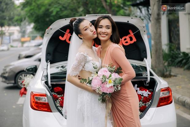 Nhã Phương sánh đôi với Trường Giang, cùng dàn sao Vbiz tới chung vui trong đám cưới Hoàng Oanh - Ảnh 20.