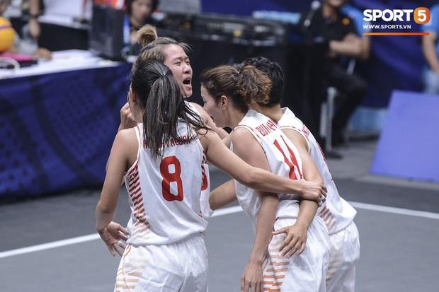 Bóng rổ SEA Games 30: Đội tuyển nữ Việt Nam có chiến thắng đầu tiên sau trận đấu áp đảo trước Indonesia - Ảnh 5.