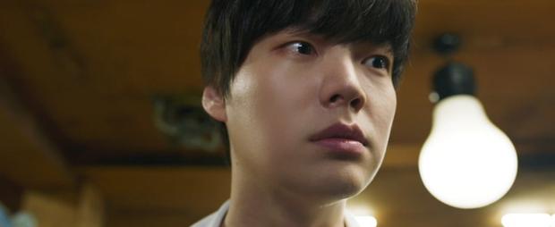 Hoảng hồn với độ lầy của Love With Flaws khi cả tập phim tấu hài chuyện tào tháo của Ahn Jae Hyun? - Ảnh 3.