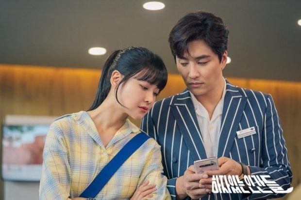 Review Love With Flaws: Đủ chiêu trò từ hội mỹ nam át vía Ahn Jae Hyun tới châm ngôn trai đẹp thì đểu, trai xấu thì tốt - Ảnh 8.