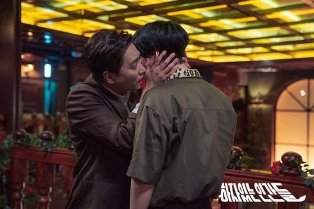 Review Love With Flaws: Đủ chiêu trò từ hội mỹ nam át vía Ahn Jae Hyun tới châm ngôn trai đẹp thì đểu, trai xấu thì tốt - Ảnh 11.