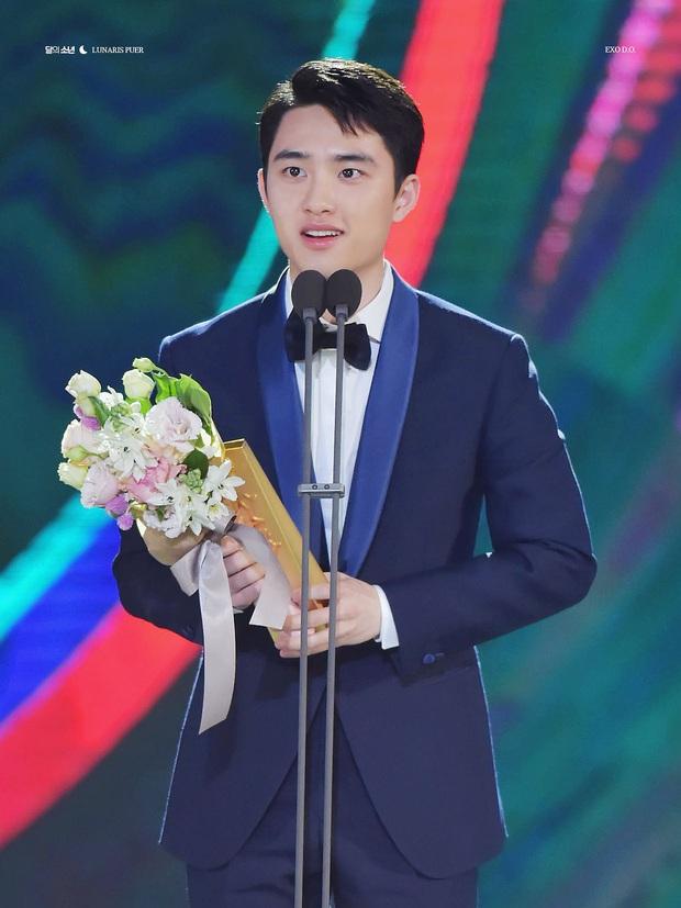 Soi sự nghiệp chú bé mù Anh Trai Yêu Quái ở bản gốc: Trùm cuối đa tài của EXO, diễn xuất áp đảo bất chấp định kiến về idol - Ảnh 10.