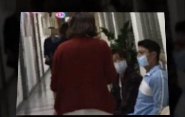 Rộ hình ảnh Hoắc Kiến Hoa lâm bệnh nặng, Lâm Tâm Như đưa chồng sang Mỹ chữa trị và sự thật đằng sau - Ảnh 2.