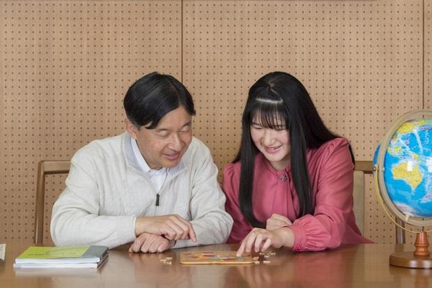 """Công chúa Nhật Bản đánh dấu tuổi 18 bằng bộ ảnh đặc biệt, người hâm mộ xuýt xoa những tấm hình """"ngày xưa ơi"""" - Ảnh 2."""
