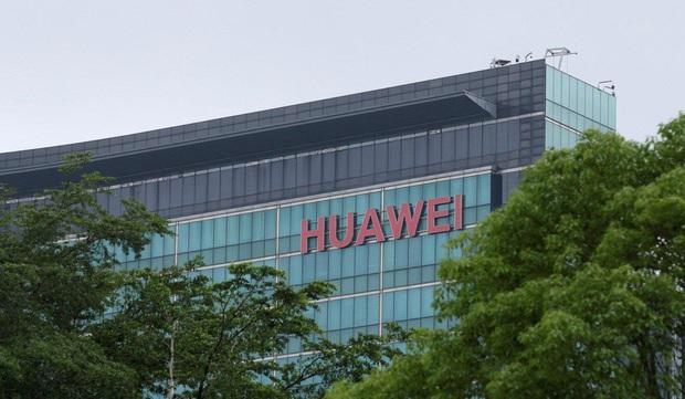 Một năm kể từ ngày công chúa bị bắt, Huawei vẫn đang chật vật tìm lối thoát - Ảnh 2.