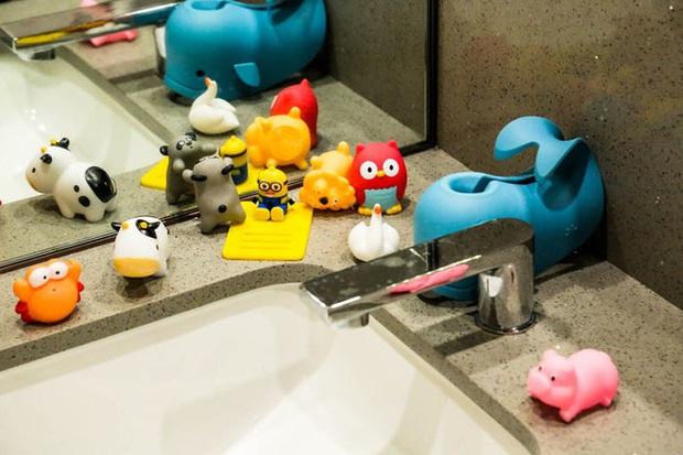 Độc đáo chuỗi nhà hàng lẩu Trung Quốc có robot phục vụ khách hàng FA, kiêm luôn làm móng miễn phí - Ảnh 48.
