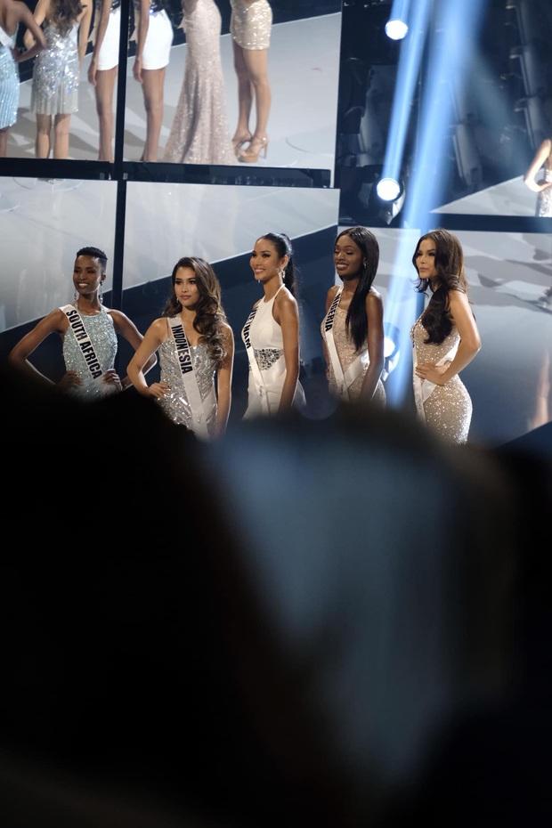 Hoàng Thùy kể về hành trình lọt Top 20 tại Miss Universe: Cả ngày đầy năng lượng nhưng về đến phòng thì gục ngã - Ảnh 7.