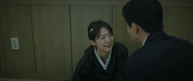 Sôi máu dùm Jang Nara khi nghe gã chồng cặp bồ miệng vẫn leo lẻo biện minh trót yêu tiểu tam ở Vị Khách Vip - Ảnh 9.