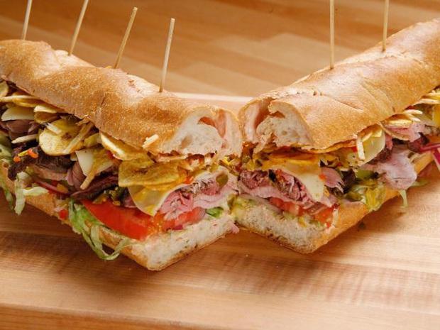 Những phiên bản bánh mì sandwich vòng quanh thế giới có thể khiến bạn phải ngỡ ngàng, có nơi còn cực kỳ khó ăn - Ảnh 3.