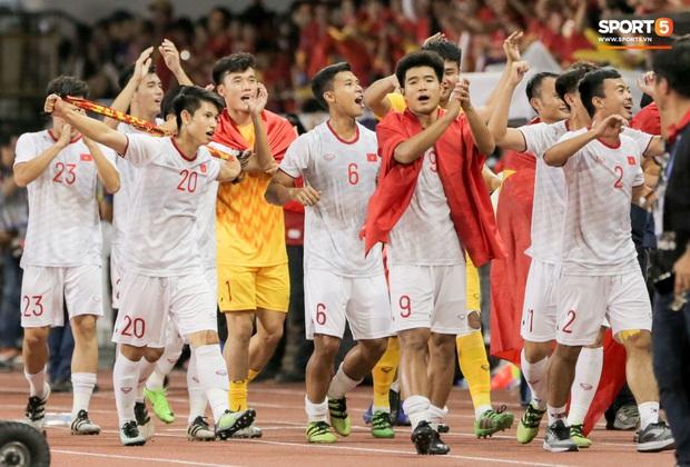 Quang Hải trả lời AFC đầy xúc động về VCK U23 châu Á:  Chúng tôi giống như những trái tim trong bão tuyết vậy - Ảnh 3.