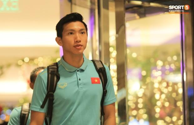 Tổng thư ký xinh đẹp bật khóc khi tiễn U22 Indonesia đến SVĐ, quyết thắng trận chung kết SEA Games 30 với Việt Nam - Ảnh 7.