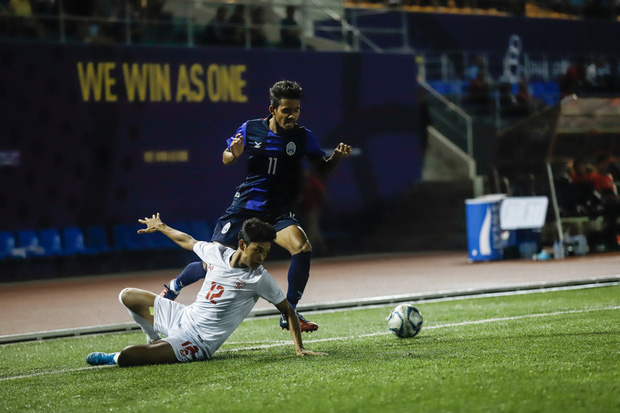 Đội tuyển U22 Việt Nam đã có mặt tại sân, sẵn sàng chinh phục tấm HCV SEA Games - Ảnh 18.
