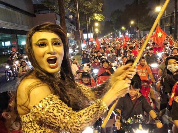 Dư chấn BB Trần Jennie: Sáng dự event ở Trung Quốc, tối đã kịp về Việt Nam đi bão ăn mừng vô địch SEA Games? - Ảnh 6.