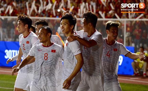 Việt Nam xuất sắc giành HCV đầu tiên trong lịch sử, dân mạng quốc tế rộn ràng chúc mừng, hết lời ngợi khen tân vô địch - Ảnh 12.