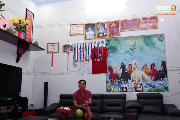Em trai tiền đạo Tiến Linh: Em tin anh trai sẽ ghi bàn giúp U22 Việt Nam vô địch SEA Games 30 - Ảnh 6.