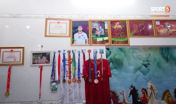 Em trai tiền đạo Tiến Linh: Em tin anh trai sẽ ghi bàn giúp U22 Việt Nam vô địch SEA Games 30 - Ảnh 7.