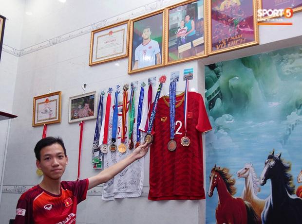 Em trai tiền đạo Tiến Linh: Em tin anh trai sẽ ghi bàn giúp U22 Việt Nam vô địch SEA Games 30 - Ảnh 2.