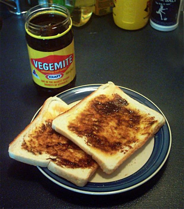 Những phiên bản bánh mì sandwich vòng quanh thế giới có thể khiến bạn phải ngỡ ngàng, có nơi còn cực kỳ khó ăn - Ảnh 16.