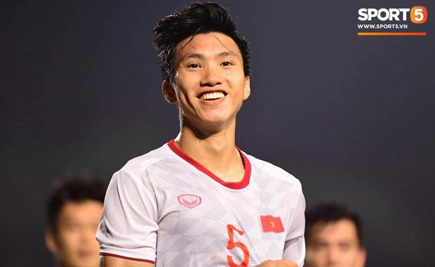 Văn Hậu lập cú đúp, fan Việt lập tức gửi lời đề nghị đến SC Heerenveen: Mau cho hậu vệ xuất sắc nhất Đông Nam Á đá chính đi! - Ảnh 9.