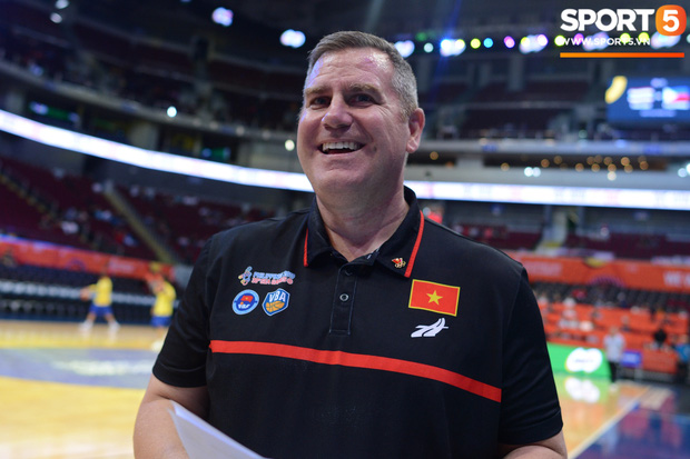 Chùm ảnh: Bật tung cảm xúc khi bóng rổ Việt Nam lần đầu giành tấm huy chương đồng tại SEA Games - Ảnh 3.