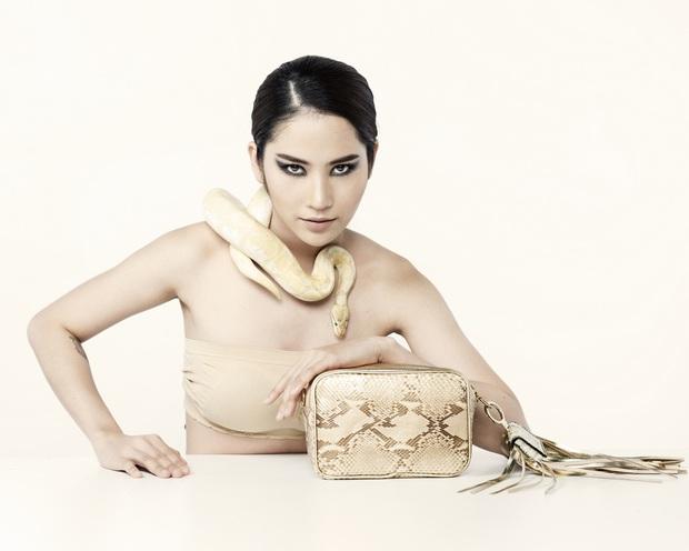 Clip hot trở lại: Hoa hậu Khánh Vân đọ thần thái, catwalk cùng dàn cựu thí sinh Next Top, The Face... - Ảnh 8.