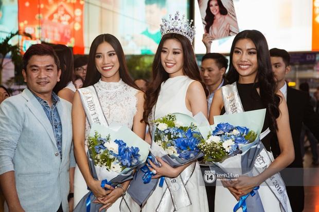 Tân Hoa hậu Hoàn vũ Khánh Vân cùng 2 Á hậu rạng rỡ trở về sau đăng quang, fan vây kín sân bay đón chào - Ảnh 3.