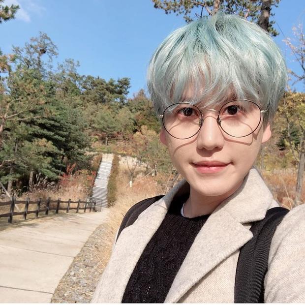 Bái phục idol Hàn khoản đoán tương lai: Cả binh đoàn đã nhuộm tóc xanh bắt trend trước khi biết màu chính thức của năm 2020 - Ảnh 13.