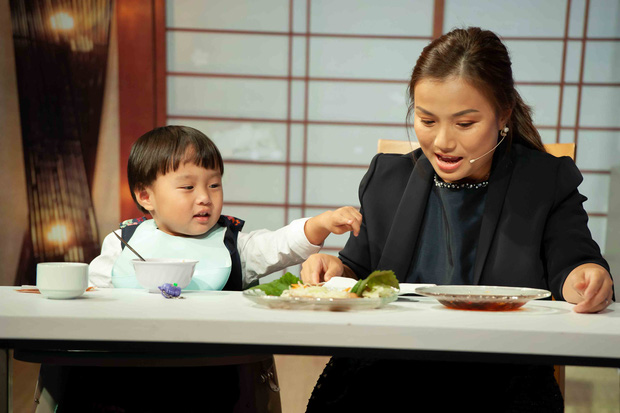Bé Sa hiếu kỳ trước chú Trấn Thành, Quỳnh Trần JP bật khóc nhớ lại nỗi đau từng mất con - Ảnh 12.