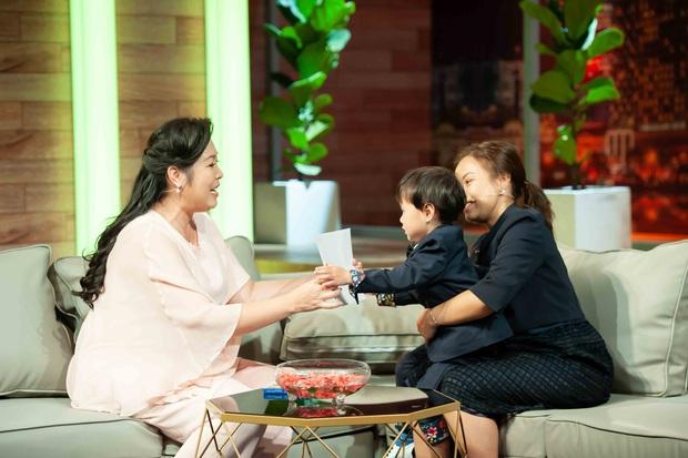 Bé Sa hiếu kỳ trước chú Trấn Thành, Quỳnh Trần JP bật khóc nhớ lại nỗi đau từng mất con - Ảnh 13.
