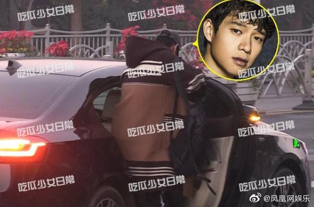 NÓNG: Paparazzi tóm sống Dương Mịch và tình trẻ vào khách sạn, 6 giờ sáng hôm sau mới lén lút đi ra - Ảnh 8.