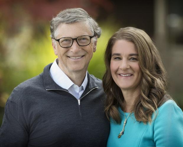 Câu nói nổi tiếng của Bill Gates về việc bỏ học ra ngoài làm sếp của sinh viên giỏi bị nhân viên cũ bóc mẽ là giả mạo - Ảnh 2.