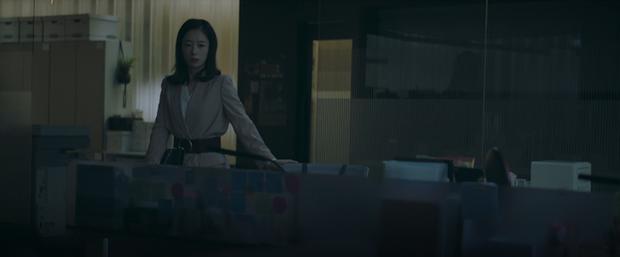 Thuyết âm mưu xảo trá của tiểu tam Vị Khách Vip: Tự tố cáo mình ngoại tình, muốn phá sập gia can bà cả Jang Nara? - Ảnh 2.