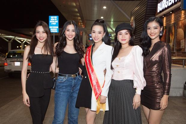 Hé lộ Quốc phục đại bàng sải cánh của Thúy An mang đến Miss Intercontinental, hoà cùng chiến thắng của U22 Việt Nam - Ảnh 9.