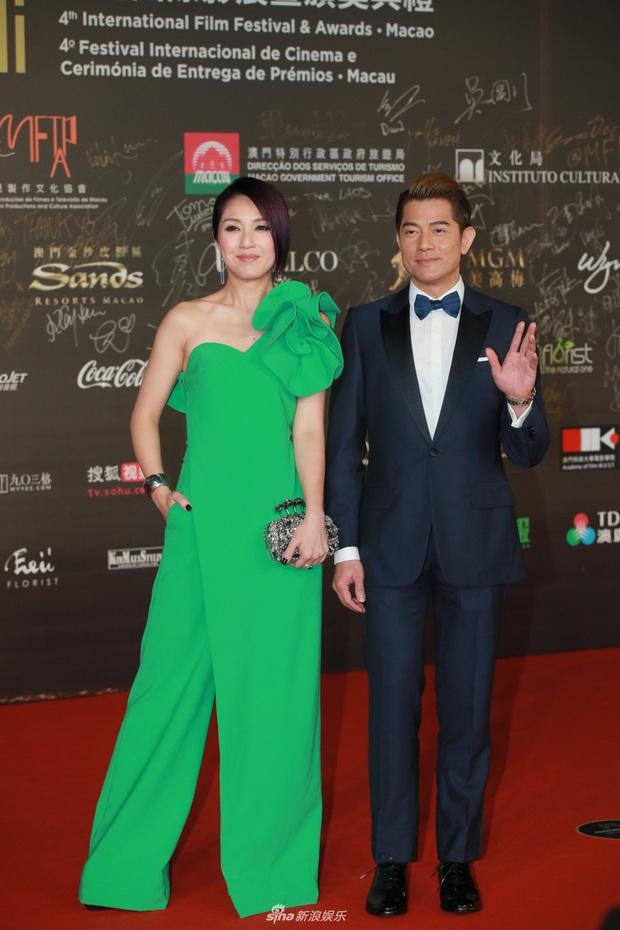"""2 thảm đỏ khủng """"gây nổ"""" Macau: Yoona đẹp băng thanh ngọc khiết, mẹ bỉm sữa Trương Hinh Dư sexy ngút ngàn - Ảnh 6."""