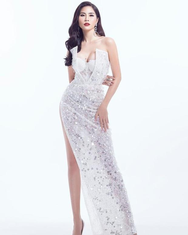 """Diện bộ đầm xẻ cao để đáp trả những nghi ngại về nhan sắc, tân Hoa hậu Khánh Vân """"đụng hàng"""" cả loạt Hoa hậu đàn chị - Ảnh 7."""