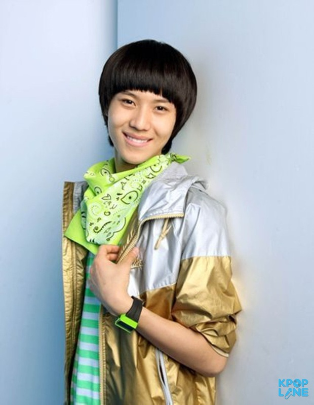 Nhìn lại 1 thập kỷ, 10 em út Kpop năm nào đã dậy thì ngoạn mục: Taemin - Umji lột xác, Lisa, Jungkook ngày càng sexy - Ảnh 3.