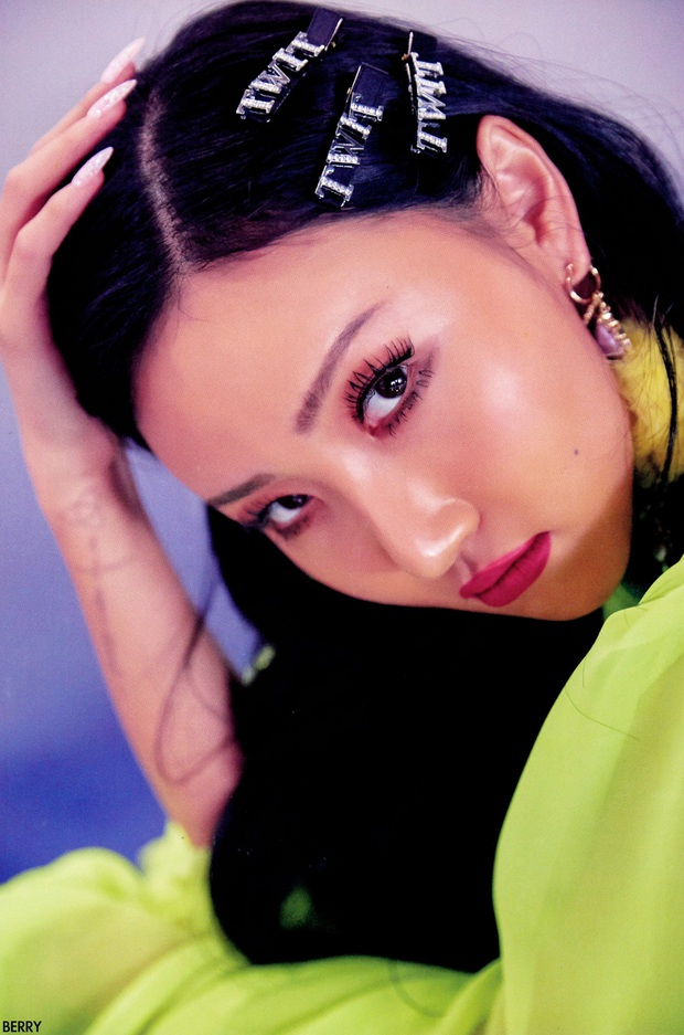 Nhìn lại 1 thập kỷ, 10 em út Kpop năm nào đã dậy thì ngoạn mục: Taemin - Umji lột xác, Lisa, Jungkook ngày càng sexy - Ảnh 26.
