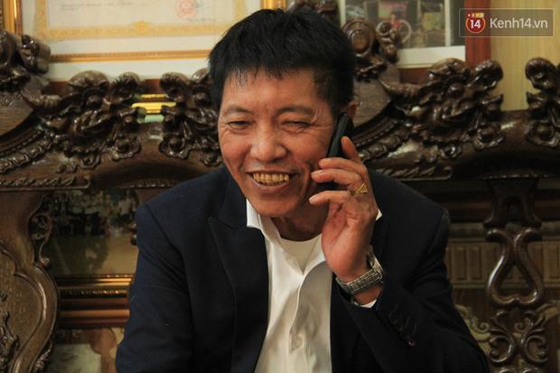 """Bố của Đoàn Văn Hậu ở quê nhà: """"Hôm qua Hậu gọi về với tinh thần rất thoải mái, chúng tôi tin tưởng Việt Nam sẽ vô địch"""" - Ảnh 2."""